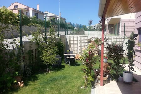 Lovely home with garden in Cayyolu - Etimesgut - Vila