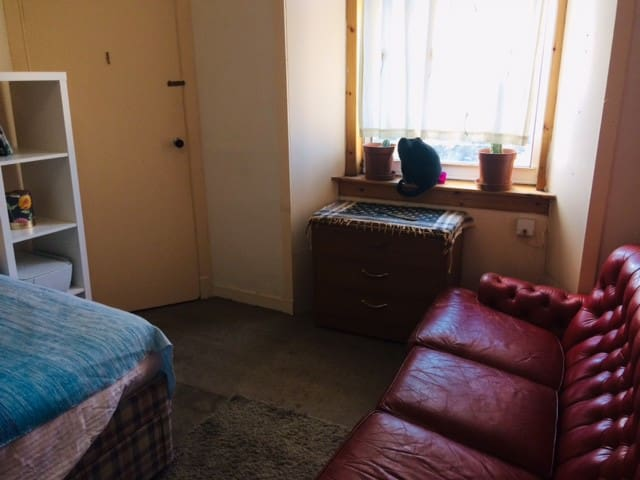 Double room close to center town