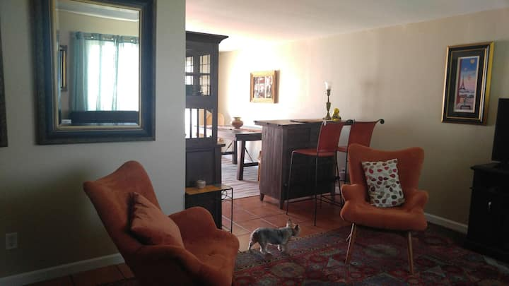 You'll love cozy, private, quiet & charming Room+