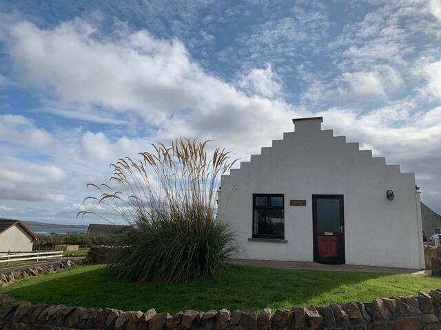 Raebar Cottage, Stromness  - Newly renovated
