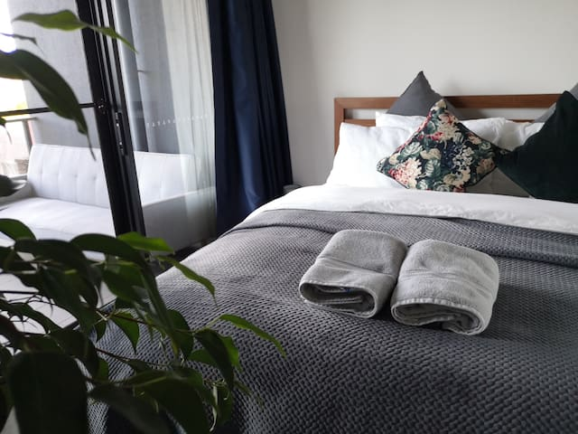 ★The best of Canberra at your doorstep★1bdrm+study