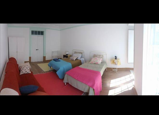 Casa de Marvila (2 ind. bed) - Santarém, Portugal