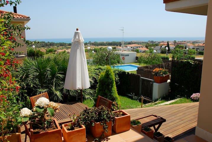 A paradise close to the sea - Vilanova i la Geltrú - Haus