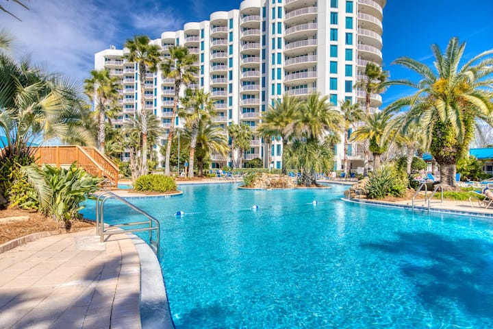 4th Floor Beautiful, coastal Condo, Resort amenities, Close to entertainment