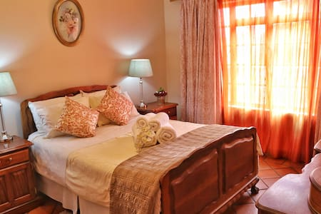 Unit 4 - 3 Bedroom apartment