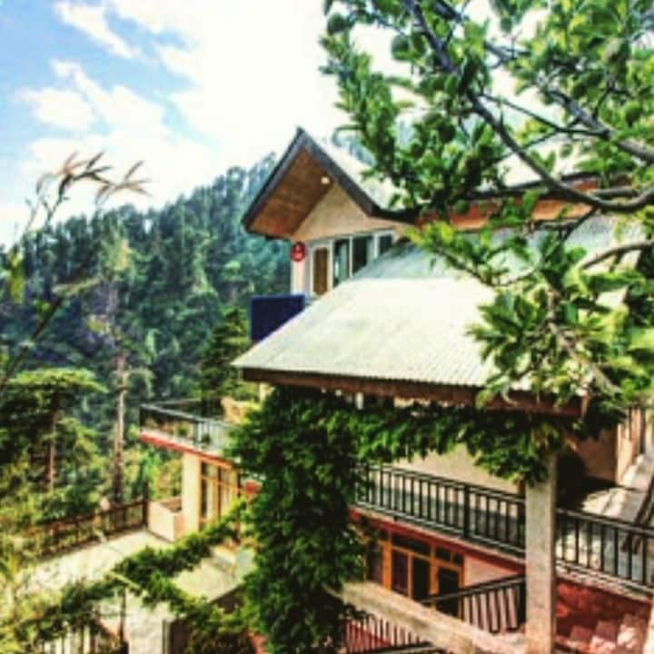 Hamsa Homestay- Valley view Room
