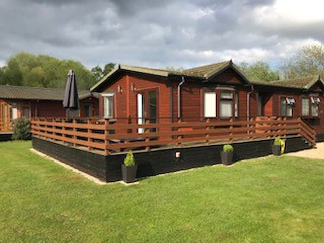Tattershall Lakes Country Park Lodge
