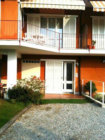Della Roggia Hostel Double bedroom - Sesto Calende - Oda + Kahvaltı