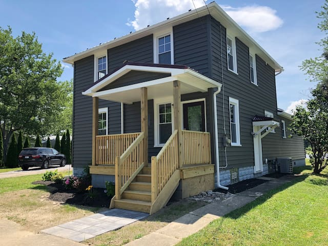 Cozy Two Bedroom Home in Fredonia/Dunkirk