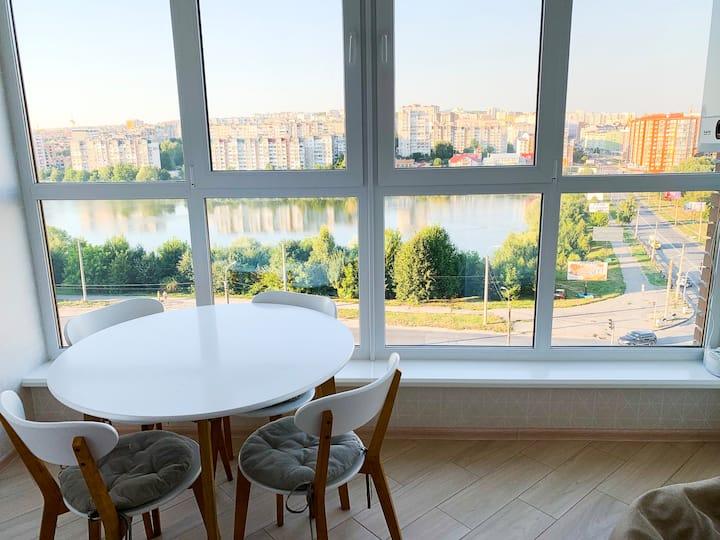 Новая квартира с идеальным видом из окон!