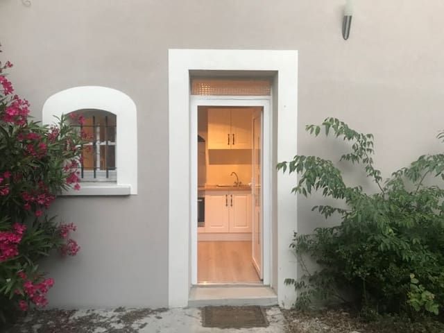 Appartement 10mint Avignon Free WIFI 50M2