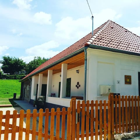 Aranyvackor Guesthouse in Hungary's countryside