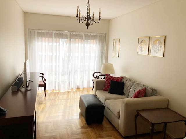 Updated classic Buenos Aires pied-à-terre