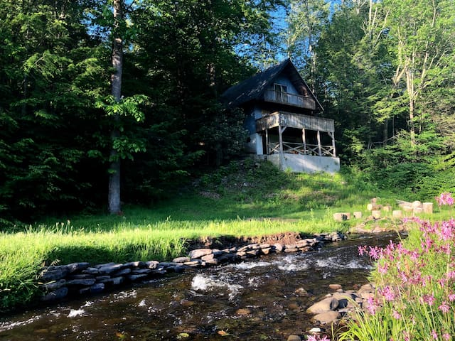 Creekside hideaway on 65acres