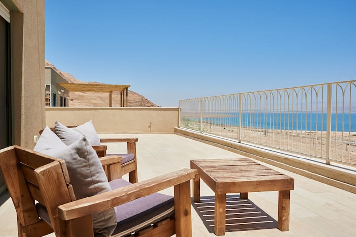 Beautiful home on the dead sea!