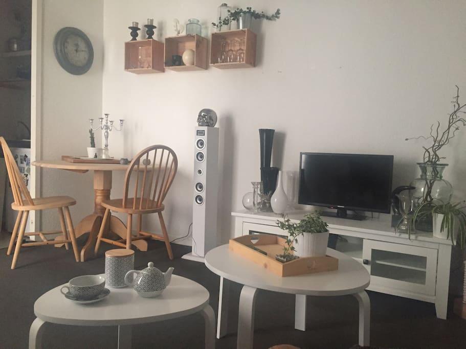 Bel appartement cosy centre ville apartments for rent in for Appartement centre ville bordeaux