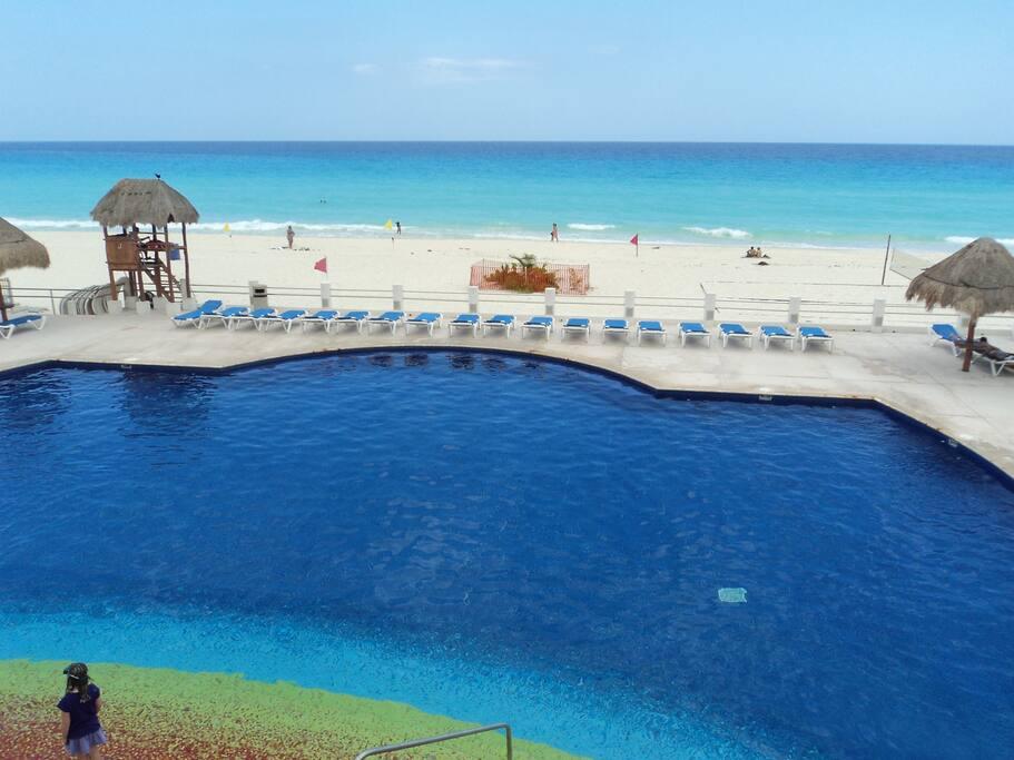 Villa marlin con vista a la playa villas for rent in for Villas marlin cancun