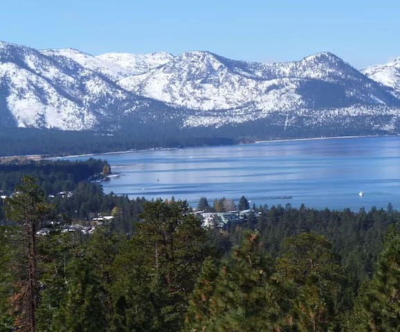 Cozy 1 bedroom at Tahoe Beach & Ski Club