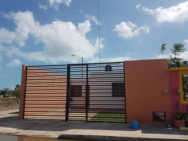 Casa con Parking 1 auto - Chetumal - House