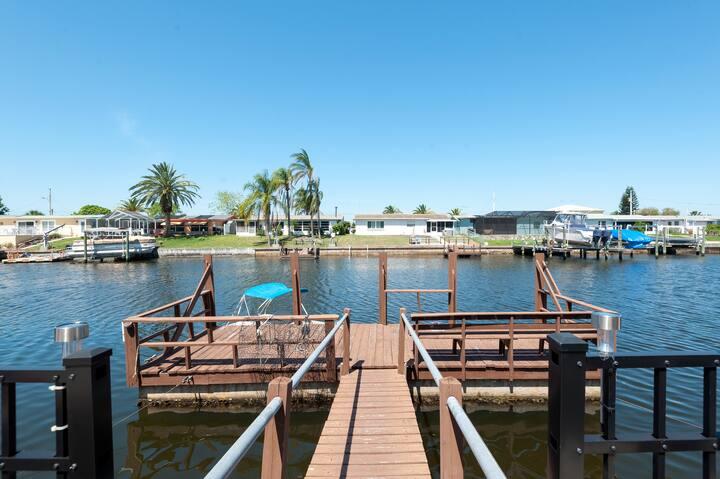 Waterfront Paradise in Destination Hudson, FL