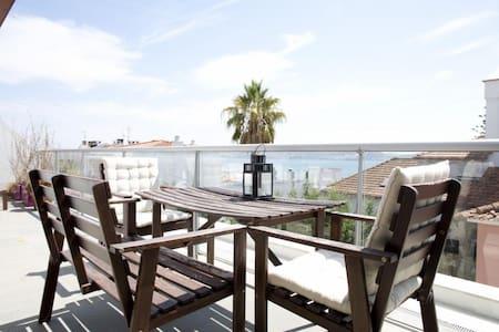 Amazing View Double-Room - Cruz Quebrada - Appartement