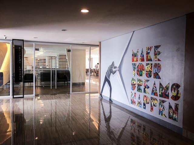 Study lounge lobby