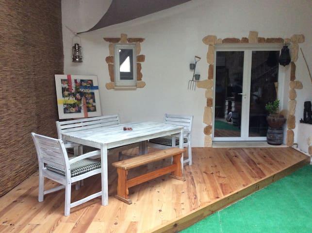 Petit nid douillet - Rochegude - Casa adossada