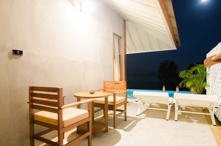 Connecting Family Pool Villa Sea View
