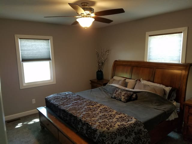 Recently Remodeled 2 BR / 1 BA Home!