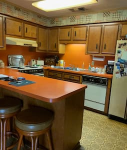 Spacious Cottage in Donaldsonville