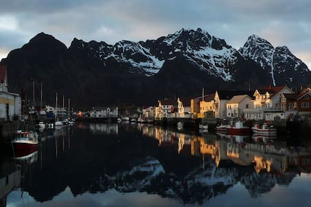 Room for rent in Lofoten w, seaview