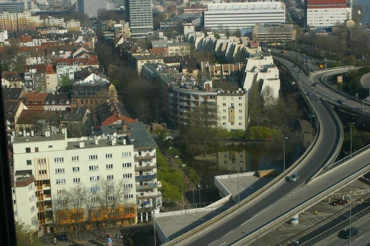 2 bed appartment Close to BASF and Mannheim