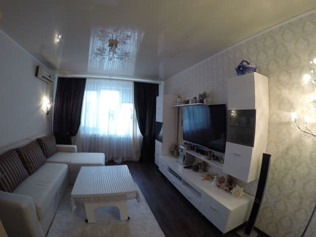 4 bedroom apartment near lake - Сумы - Huoneisto