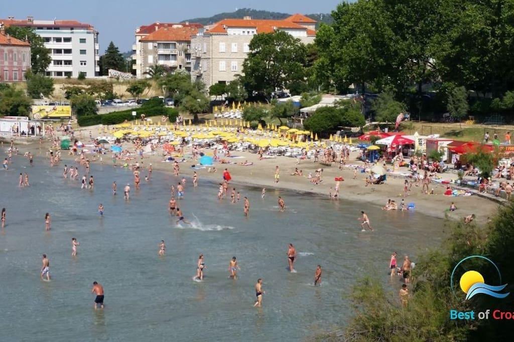 Bacvice beach (500 m)