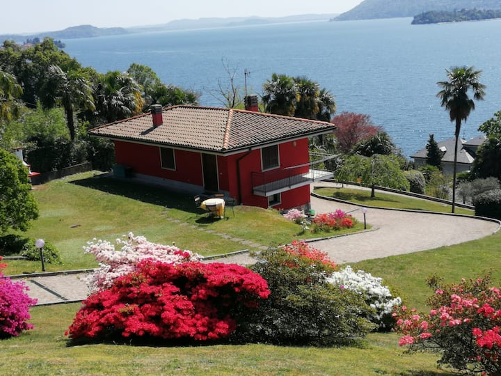 Villetta Primavera Verbania Suna lake view