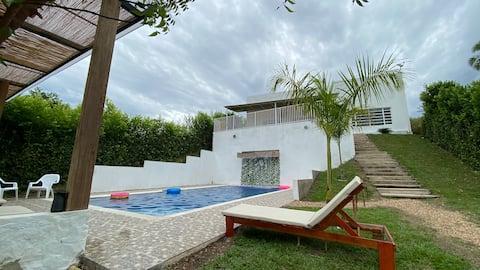"""""""Villa Ceci"""" casa mediterranea con piscina privada"""