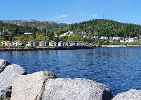 Zomerhuis te huur direct aan de oever van het meer op Statland.