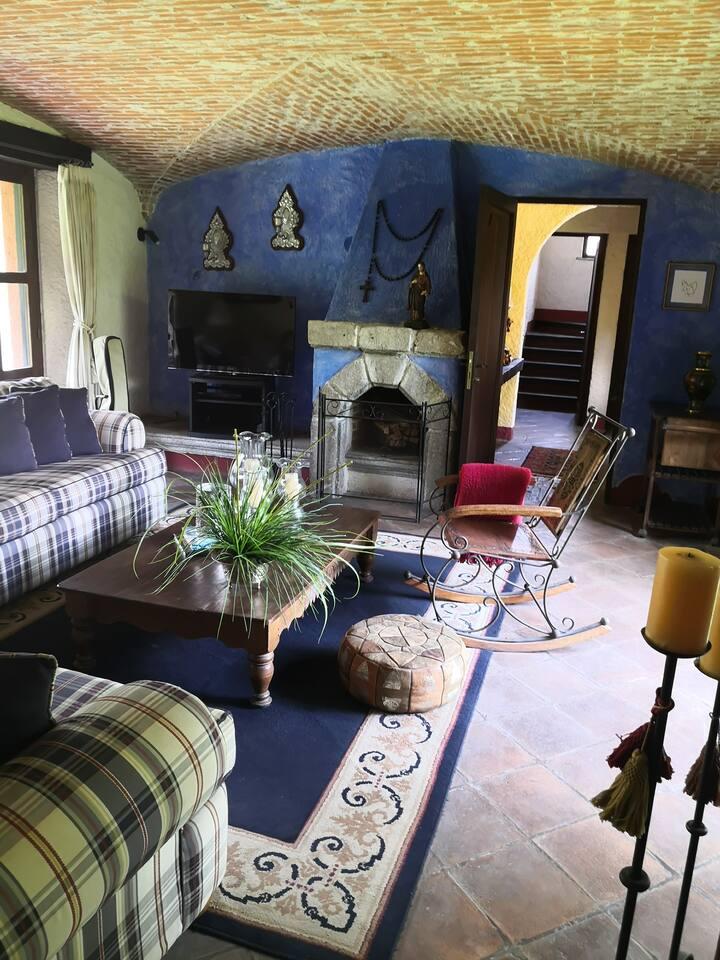 Casa Noble: Deluxe living near Antigua Guatemala