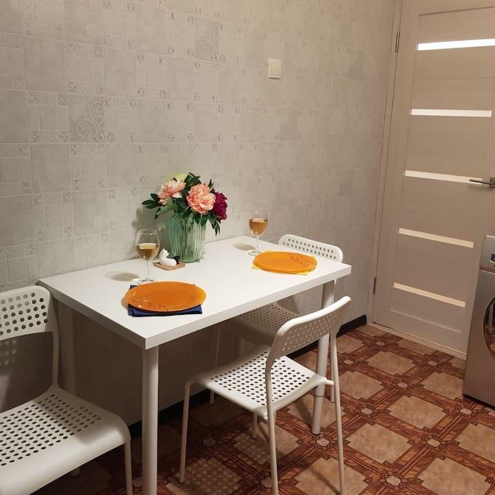 Уютная квартира у  МСЧ 122