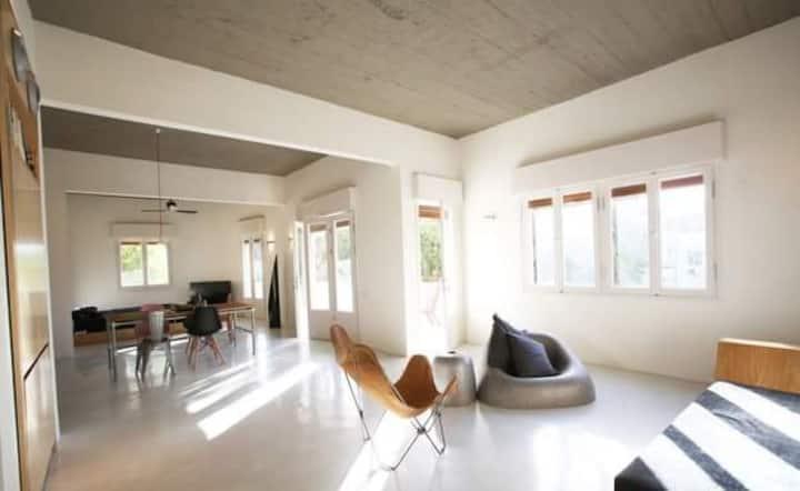 Luxury Loft - Bauhaus expirience + private parking