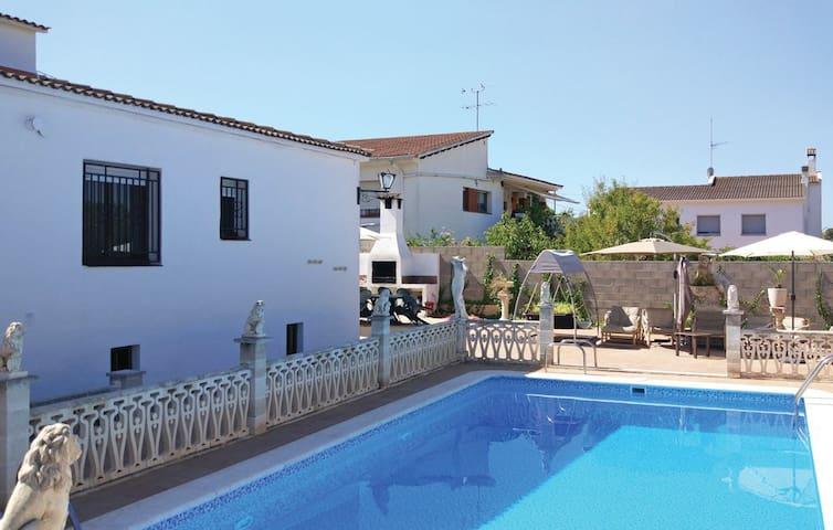 Casa vacacional con piscina privada Roda de Berà