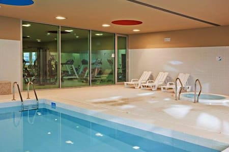 Luxury 2 + Pool + Sauna + Jacuzzi + Spa + Ginásio - Flat