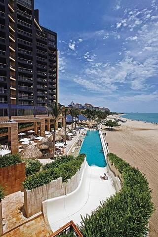 Sea front suite,Zuana Beach Resort