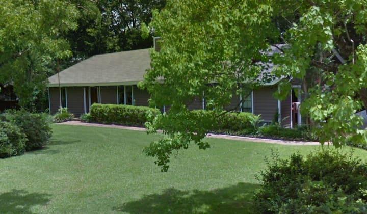 Wilhurst & Ridgewood - North Jackson