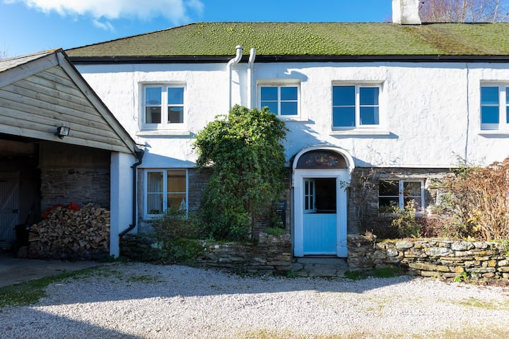 Charming Family Cottage, nr Salcombe