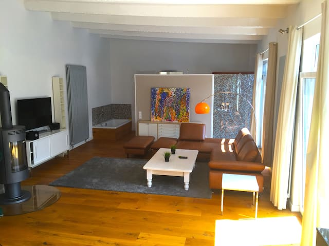 Designer Loft close to City Center - Brema - Loft