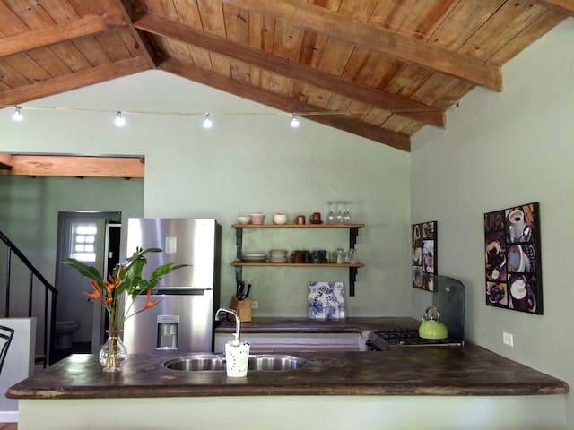 Hacienda La Talamanca - Guest House - Huis