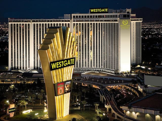 Westgate Las Vegas Resort & Casino ~ Luxury Vil