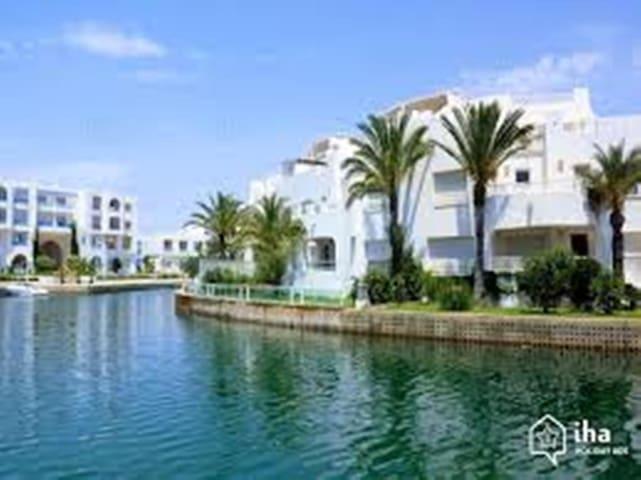 Superbe appartement à la Marina Hammamet Yasmine