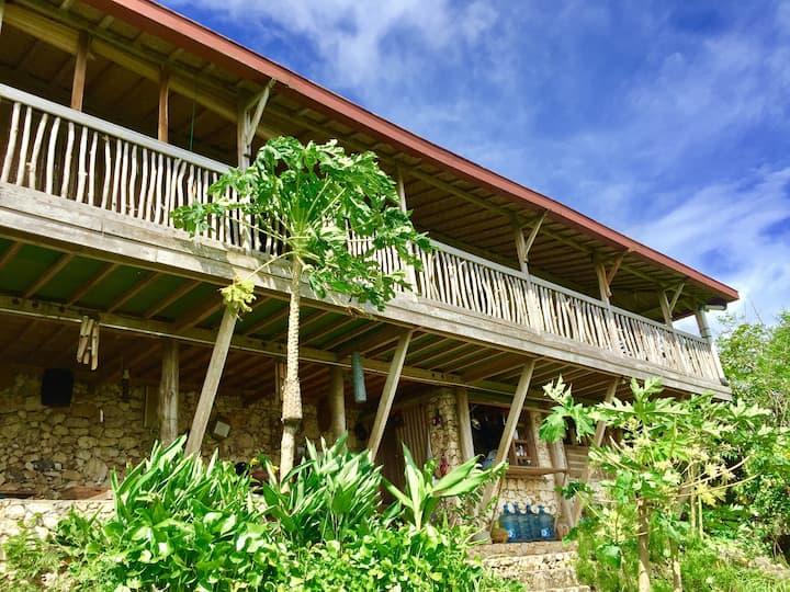 Jiwa Laut Eco Joglo (Villa only 2 rooms access)